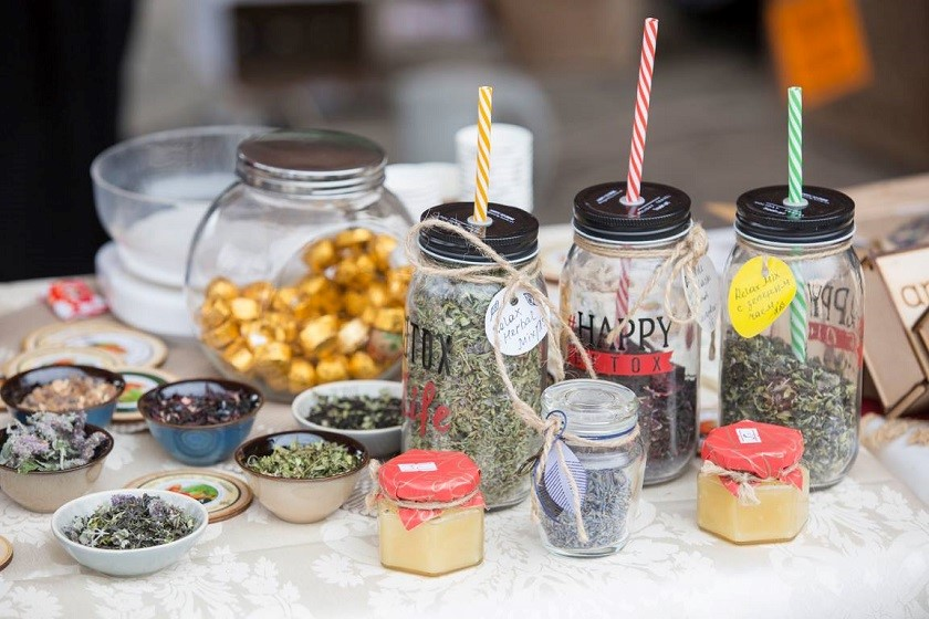 თბილისში ქართული ჩაისა და თაფლის ფესტივალი იმართება