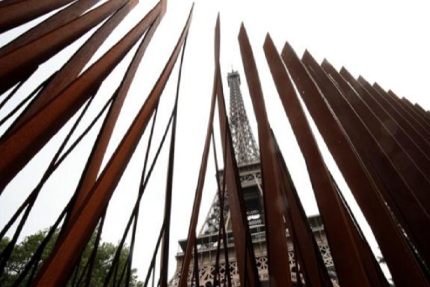 ეიფელის კოშკის ირგვლივ დამცავი ღობის მშენებლობა ივლისში დასრულდება