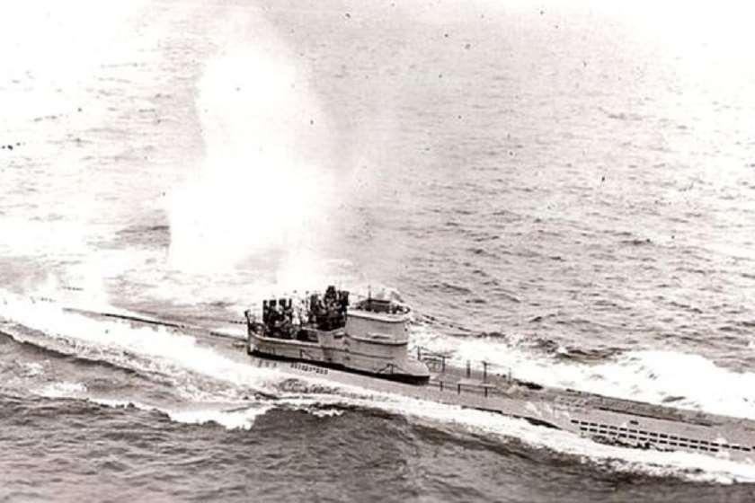 საჰაერო თავდასხმა გერმანულ ნავზე, 1943 წლის 10 ნოემბერი