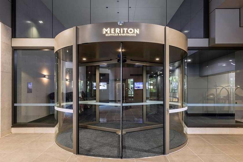 სასტუმრო Meriton