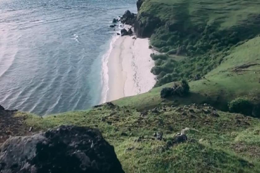 კუნძულ ლომბოკის სანაპირო