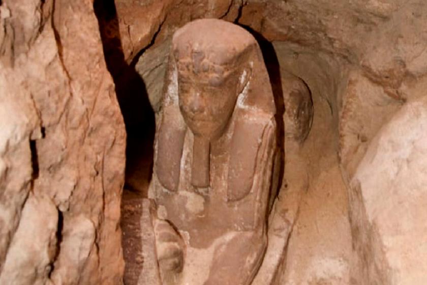 არქეოლოგებმა ეგვიპტურ ტაძარში სფინქსი იპოვეს