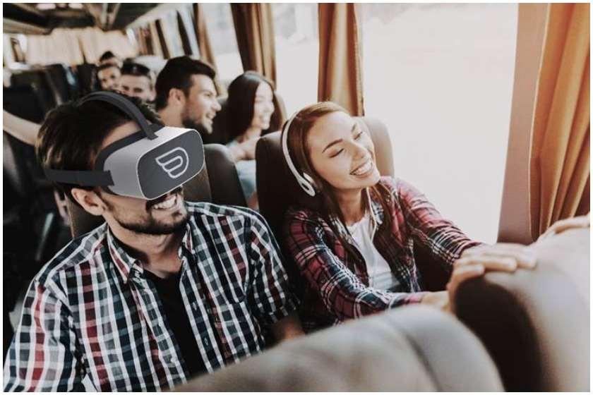 ვირტუალური რეალობის სათვალე ავტობუსით მგზავრობისას
