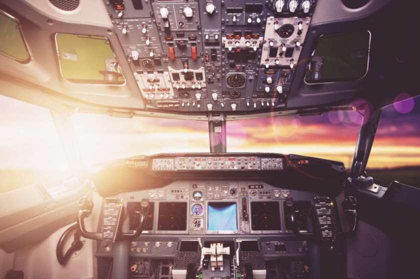 თვითმფრინავის სალონი