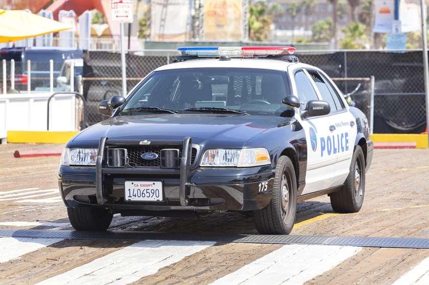 აშშ პოლიცია