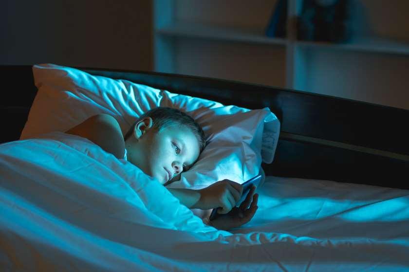 ძილი და სმარტფონი