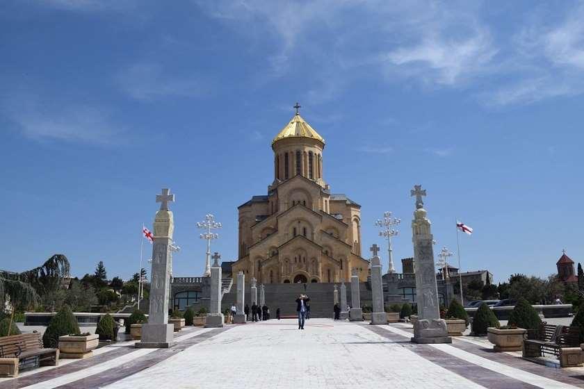 სამების საკათედრო ტაძარი