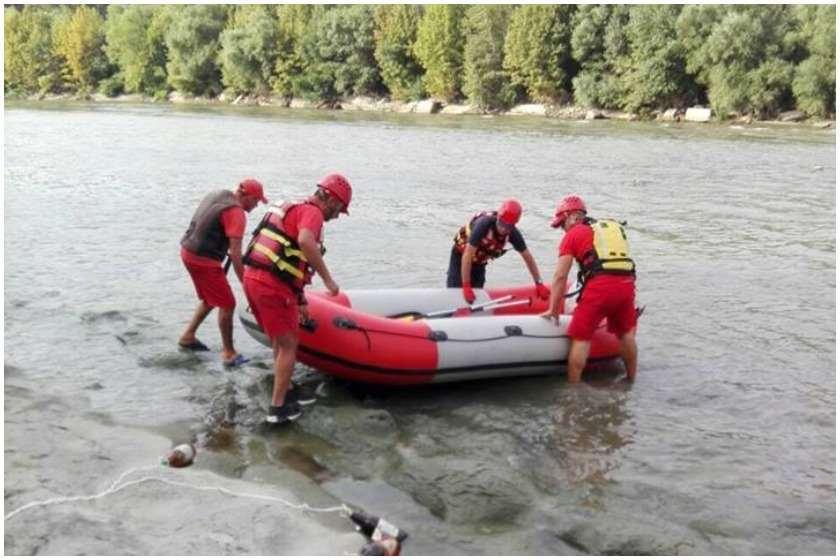 სასწრაფოდ: ვინ არის, ამ წუთებში   16 წლის გოგონას ნაპოვნი  ცხედარი, რომელიც ექსკურსიაზე ლაგოდეხში მდინარეში გადავარდა