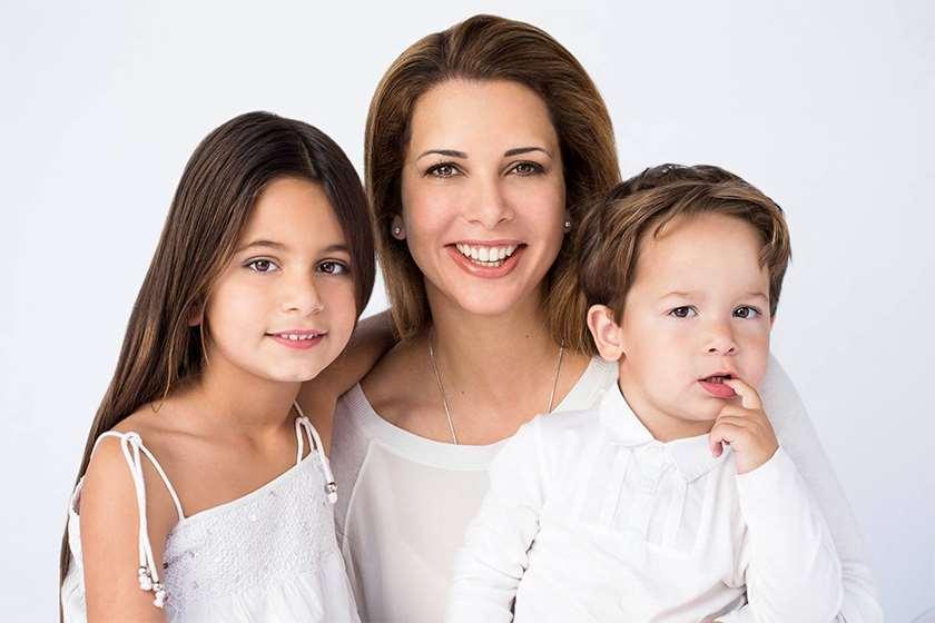 პრინცესა ჰაია შვილებთან ერთად