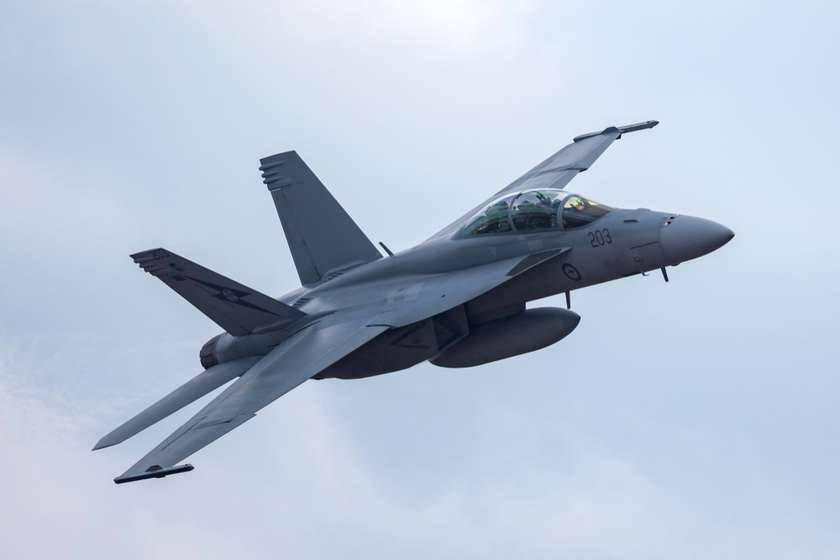 F-18-ის ტიპის გამანადგურებელი