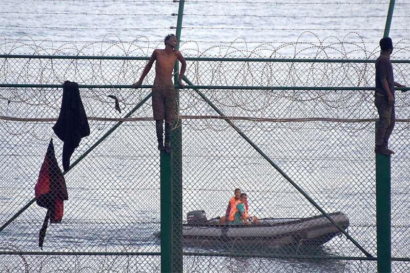 მიგრანტები ესპანეთის საზღვარზე