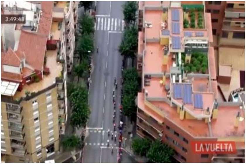 ესპანეთი, კანაფის ნათესები სახლის სახურავზე