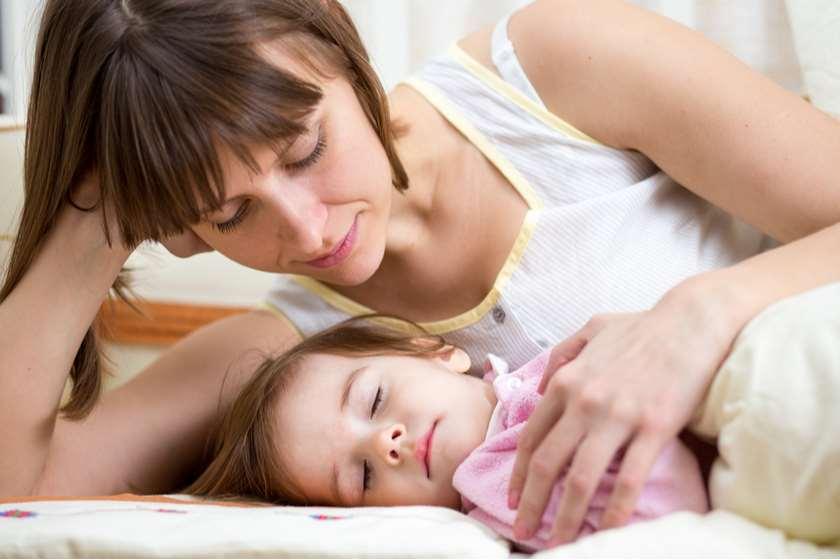 ძილი დედა-შვილი