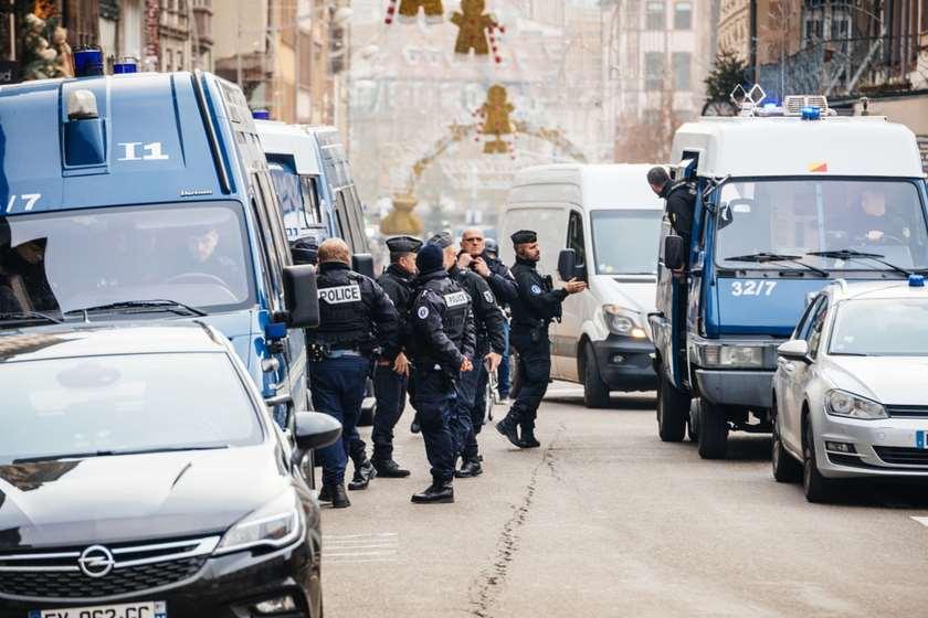 საფრანგეთი, მიგრანტების დაკავება