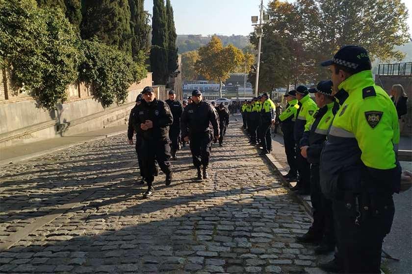 პოლიცია ქართული ოცნება