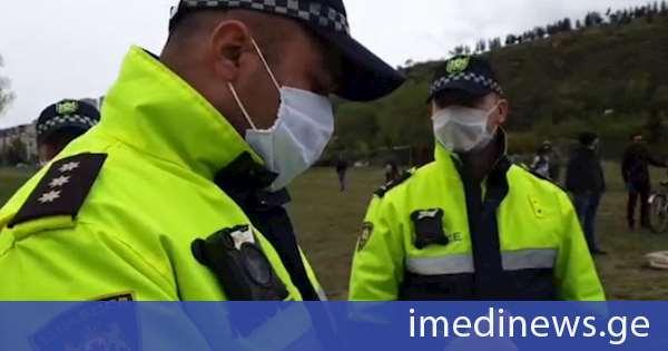 პოლიციამ ზურაბ ჯაფარიძესთან ერთად 14 აქტივისტი დააჯარიმა - დაკავებულია 3 ადამიანი