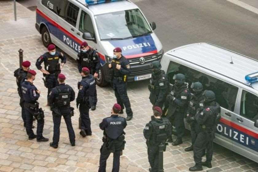 ჰოფბურგი პოლიცია ბომბი ავსტრია