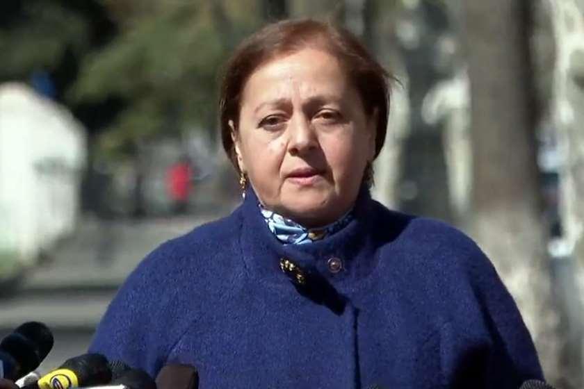 არინა ეზუგბაია