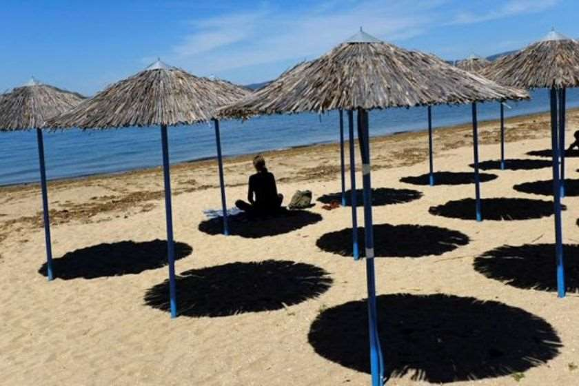საბერძნეთი პლაჟები ქოლგები