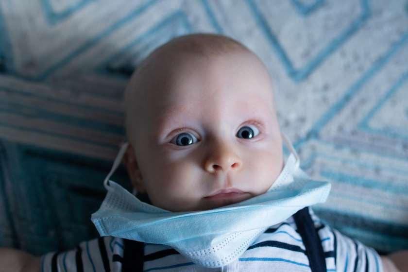 პირბადე ბავშვი კორონავირუსი