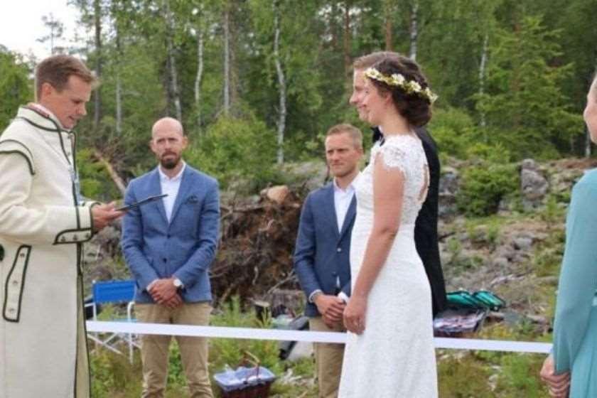 კამილა ოიჯორნი და ალექსანდრ კლერნი კორონავირუსი სკანდინავია ქორწილი