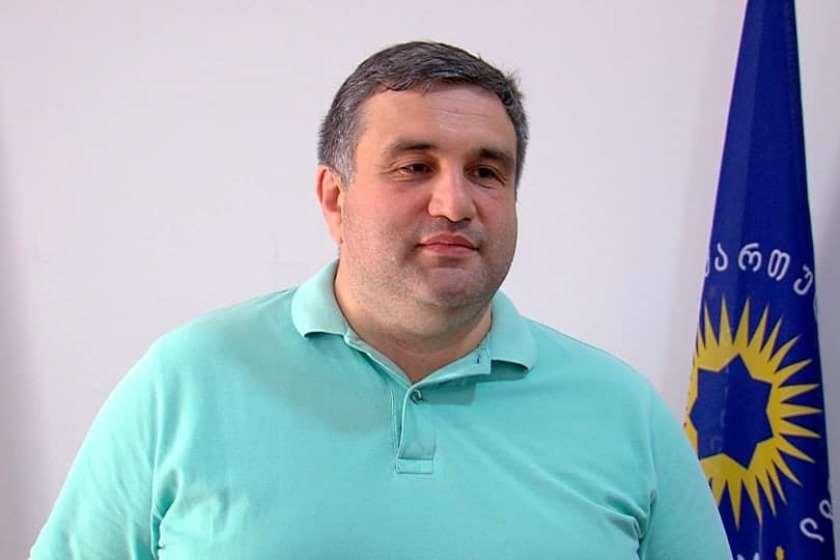 პლატონ კალმახელიძე