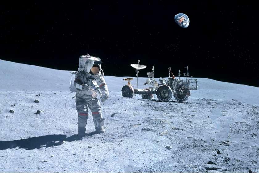 მთვარე ასტრონავტი