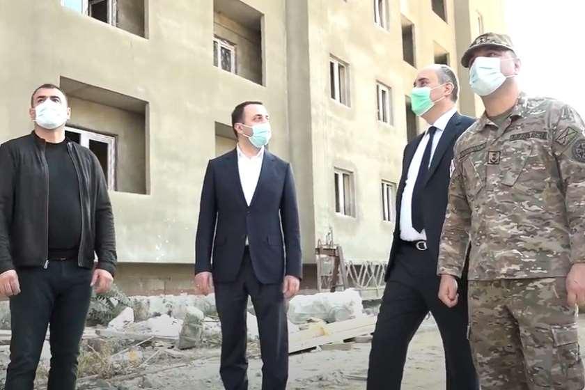 თავდაცვის მინისტრი ვარკეთილში, სამხედრო ქალაქში ბინების მშენებლობის პროცესს გაეცნო