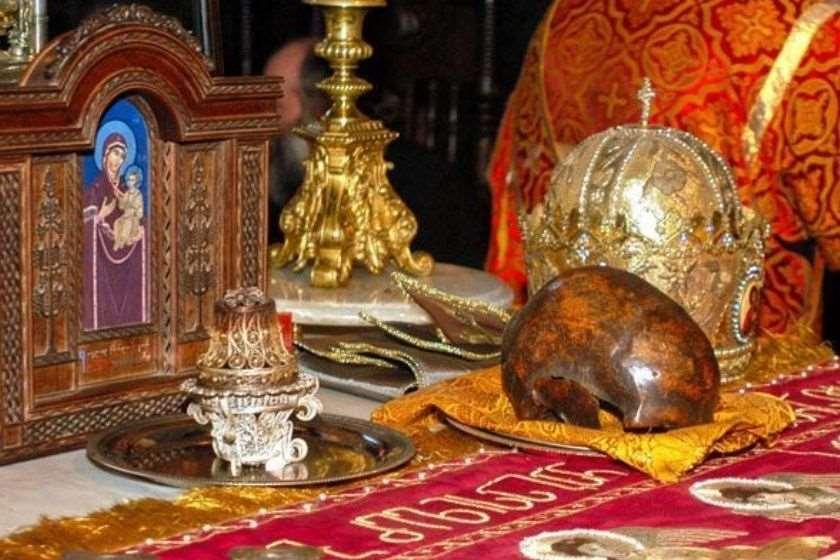 წმინდა თომა მოციქულის თავის ქალის ნაწილი