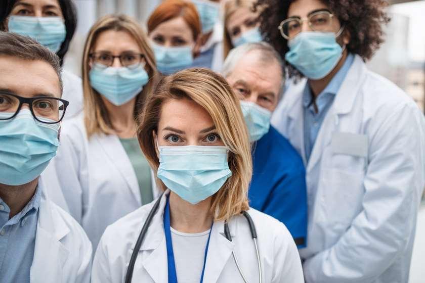 კორონავირუსი ექიმები